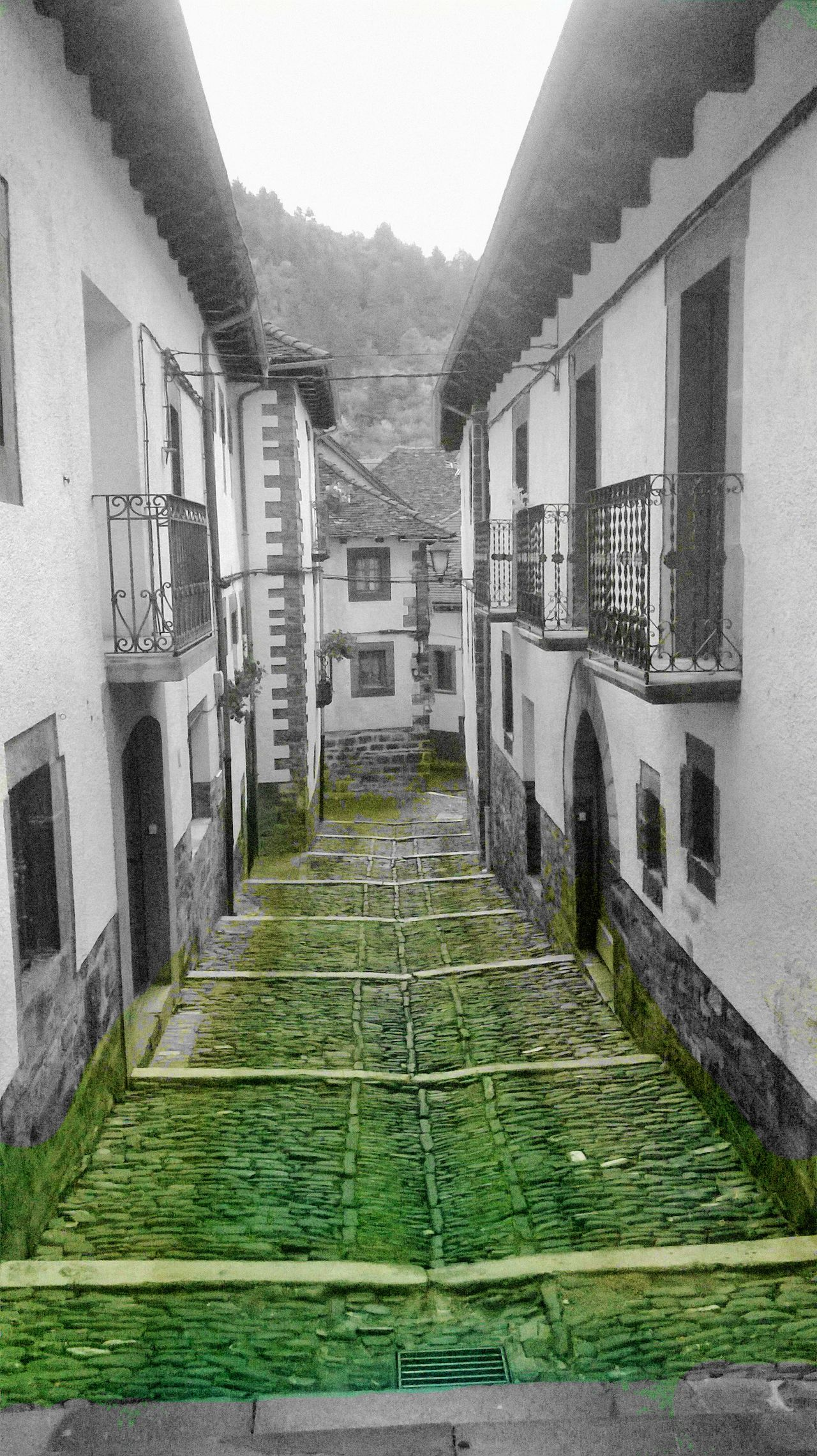 Traveling Home For The Holidays Built Structure Architecture House Travel Destinations Ochagavia EyeEm EyeEmNewHere EyeEm Gallery GetbetterwithAlex Eyem Collection Black & White Vintage Adapted To The City Pueblos De España