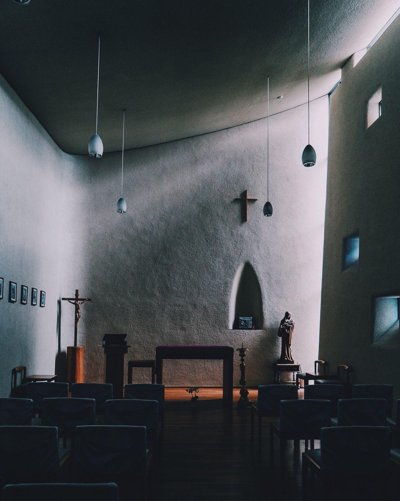 Indoors  No People Church Catholic Church Kobe Kobe-shi,Japan Light And Shadow Peaceful Pray