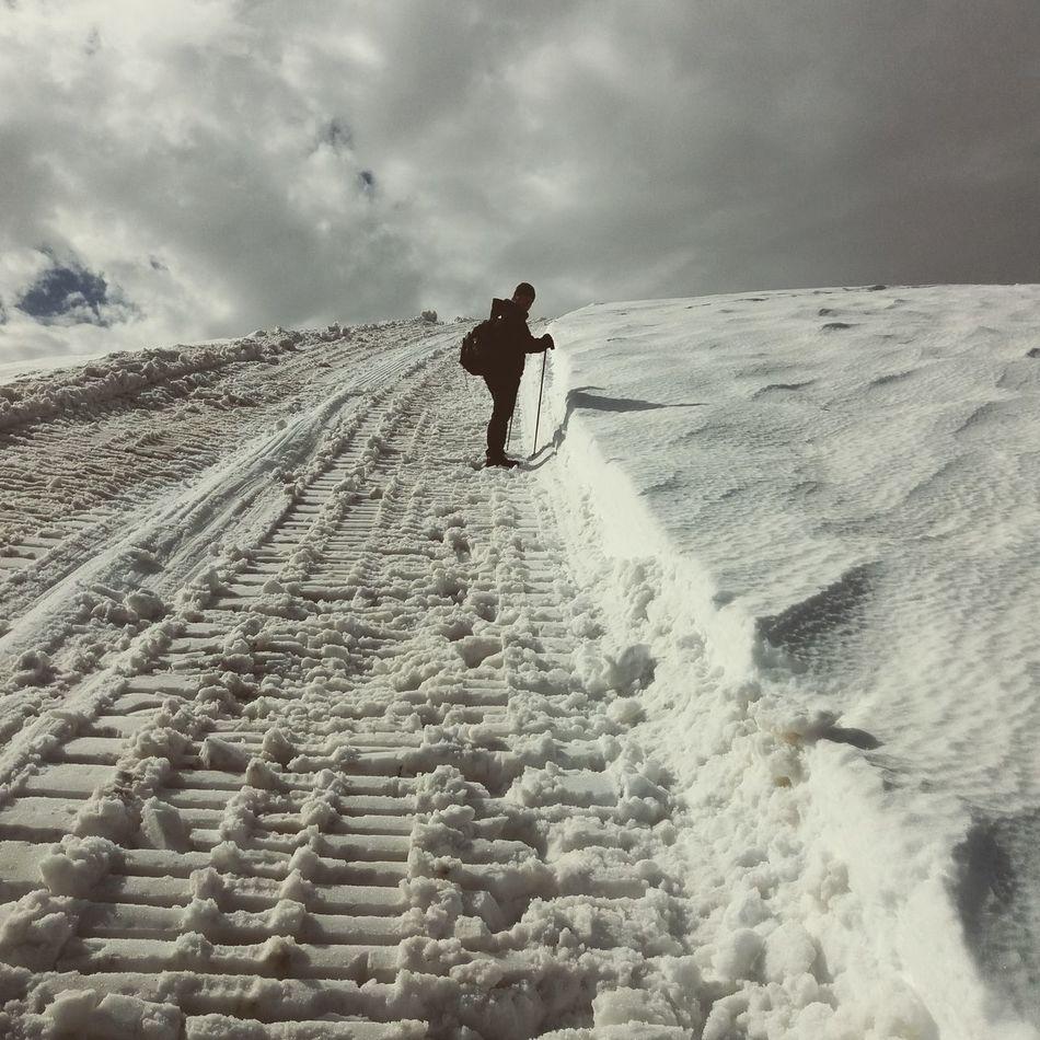 Snow ❄ Mountains Climbing A Mountain Macedonia Hicking Picoftheday Mountain Hiking Beautiful Nature Naturelovers That's Me Hello World Sportlife