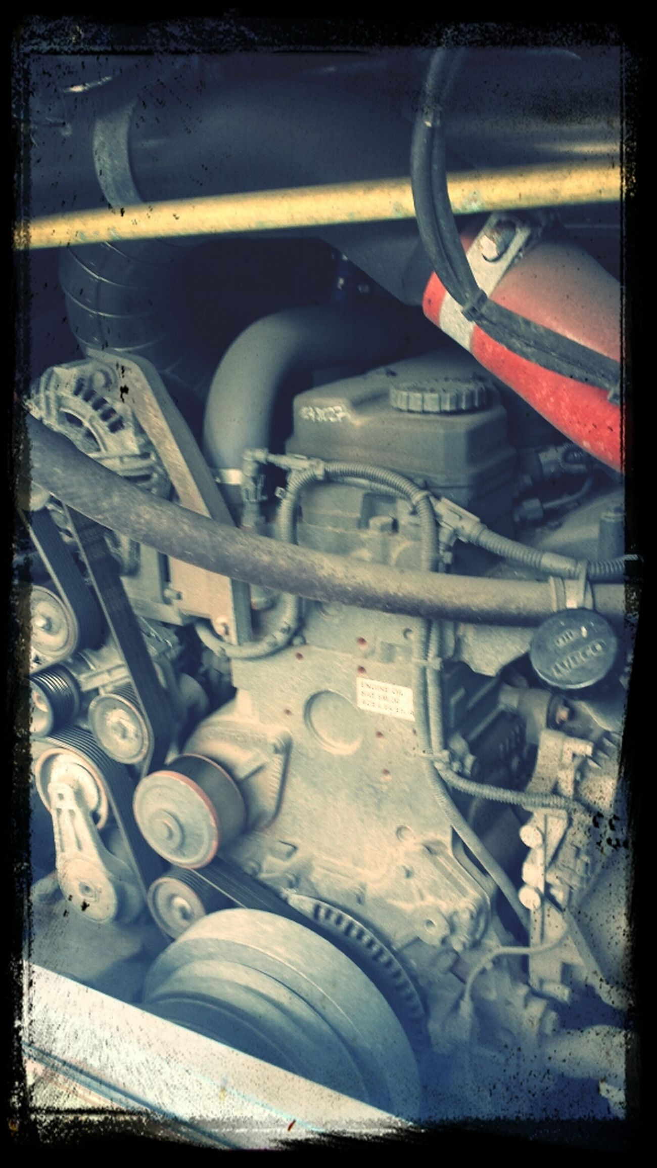 dead engine.... boooooooring ... Busted