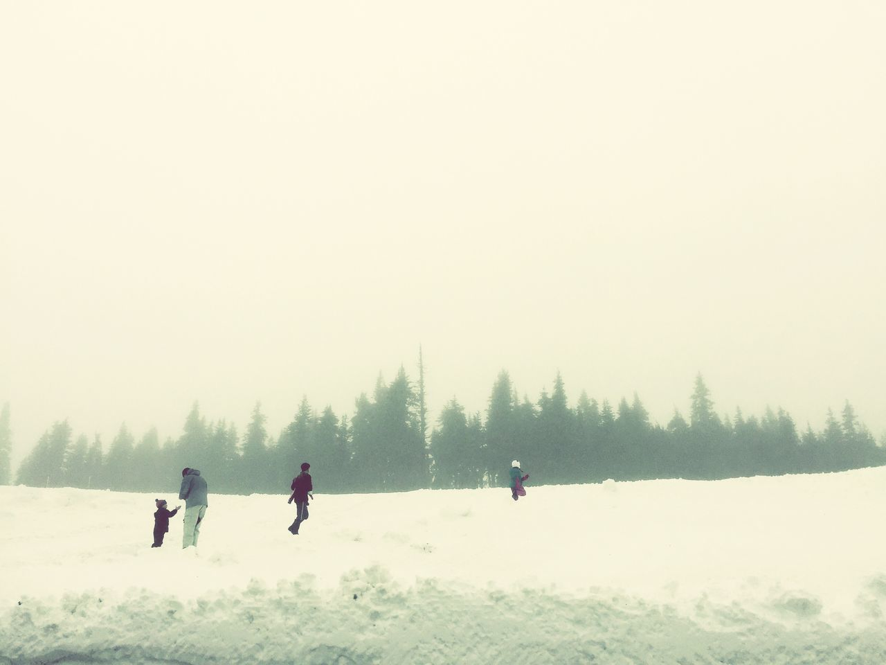 Mountains Winter Cold Temperature Snow Weather Nature Outdoors Lifestyles Real People Tree Beauty In Nature Day Friendship Togetherness Sky People