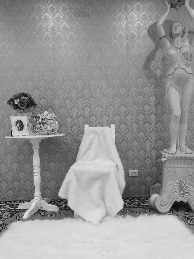 Indoors  No People Wedding Stuff DressArrangement Still Life Weddinginspiration Mono Monochrome Blackandwhite Decoration