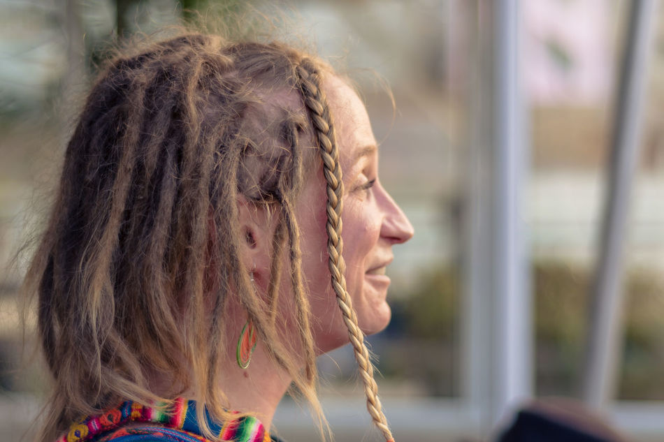 Smiling face Adult Adults Only Beads Close-up Day Dreadlocks Hair Hairstyle Happiness Happy Headshot One Person One Woman Only Only Women Outdoors Portrait Of A Woman RASTA Rasta Hair Rastafari Rastafari Hair Rastafarian Real People Senior Adult Smiling Smiling Face