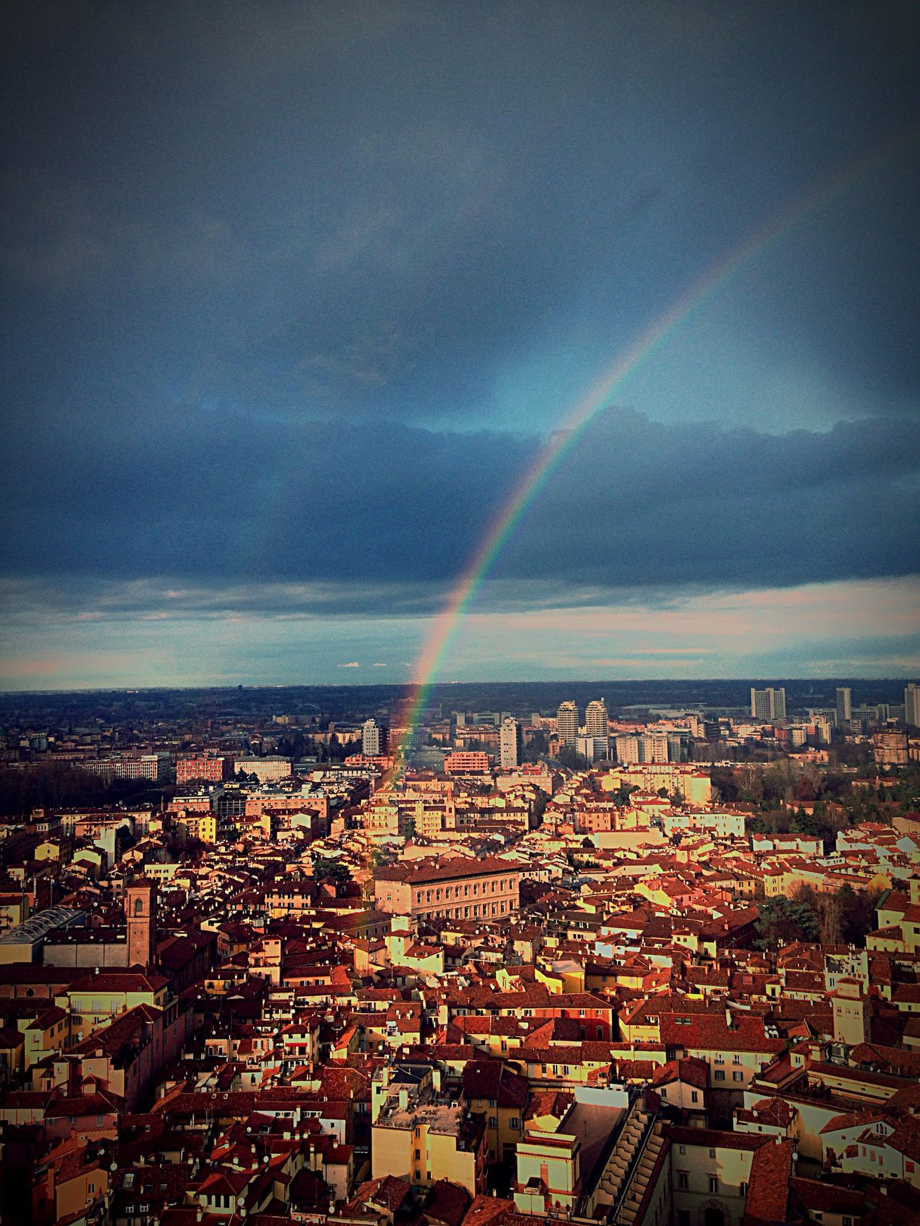 Battle Of The Cities Bologna Arcobaleno  Torre Degli Asinelli