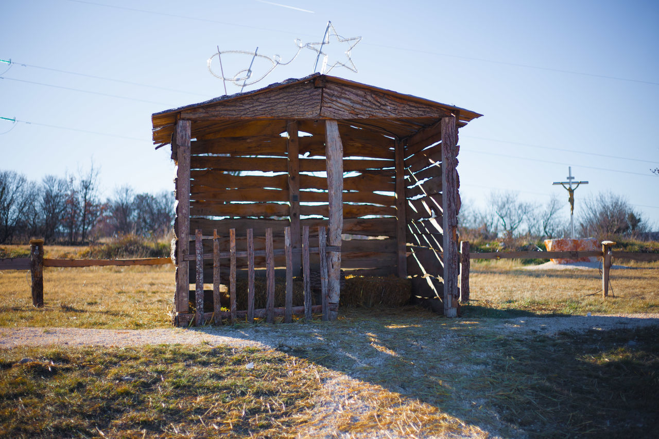 Čavoglave Christmas Architecture Arrival Barn Built Structure Christmas Croatia Cross Crossroads Dalmatia Day Fence Grass No People Old-fashioned Outdoors Sky Wood - Material Čavoglave