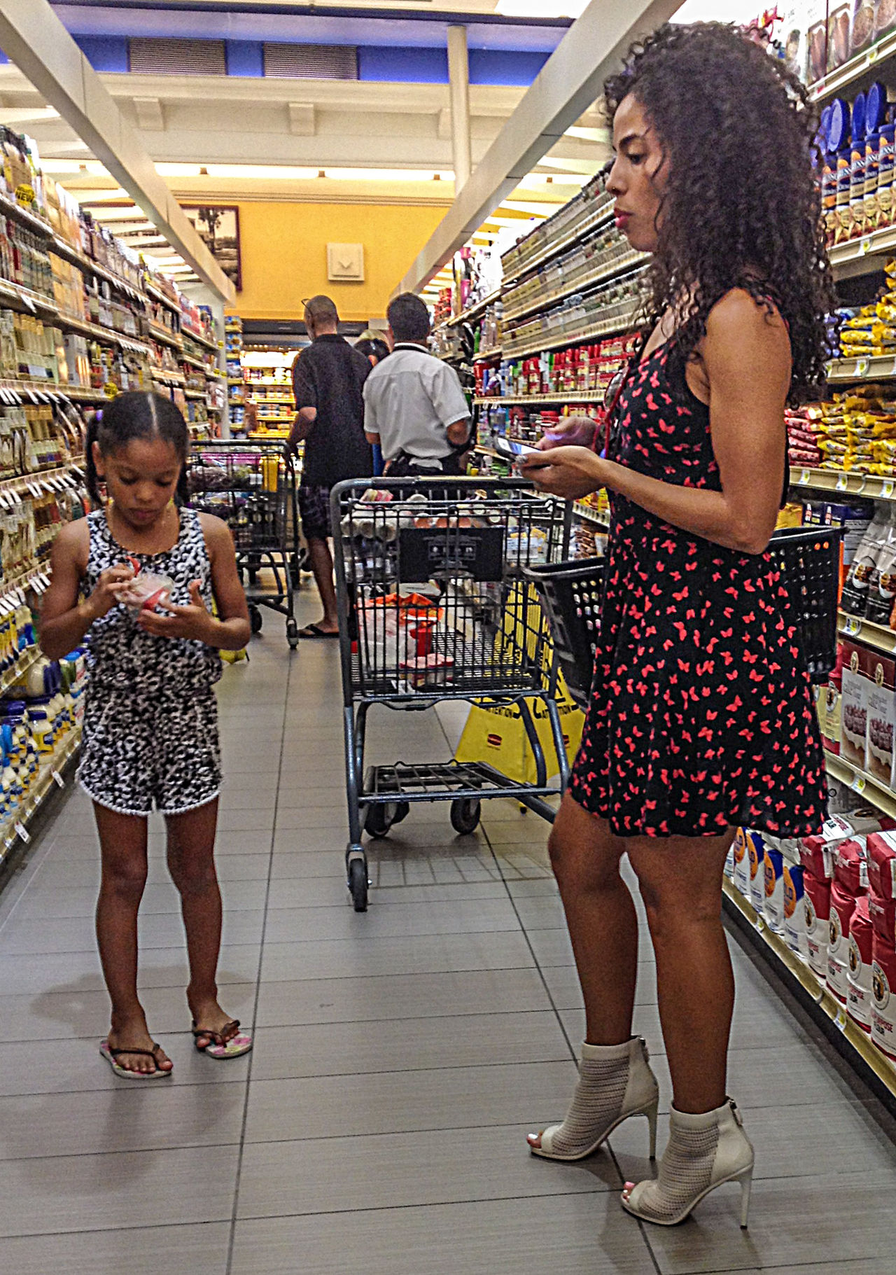 Candid Candid Photography Child Daughter Dress Food Shopping Full Length High Heels Legs Lifestyles Mom Real People Retail  Shopping Standing Store Streetphotography Togetherness