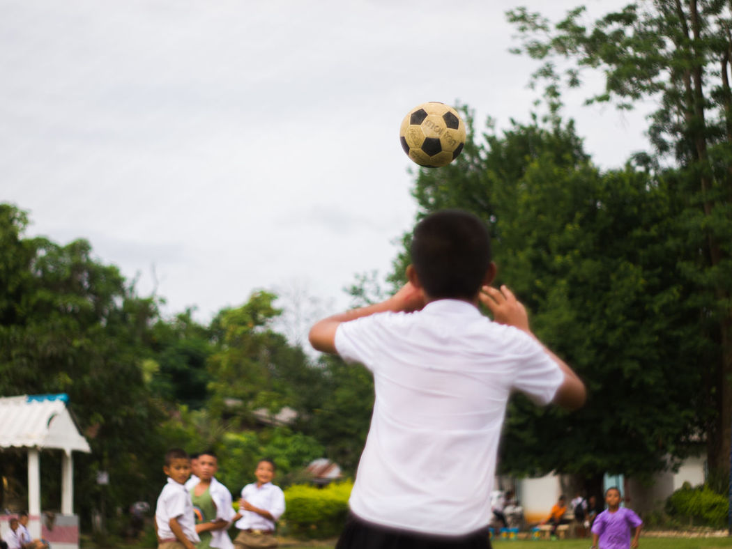 Football Fun Get Football Liking Part-time Play Play Sports Promote The Student Wait For Football