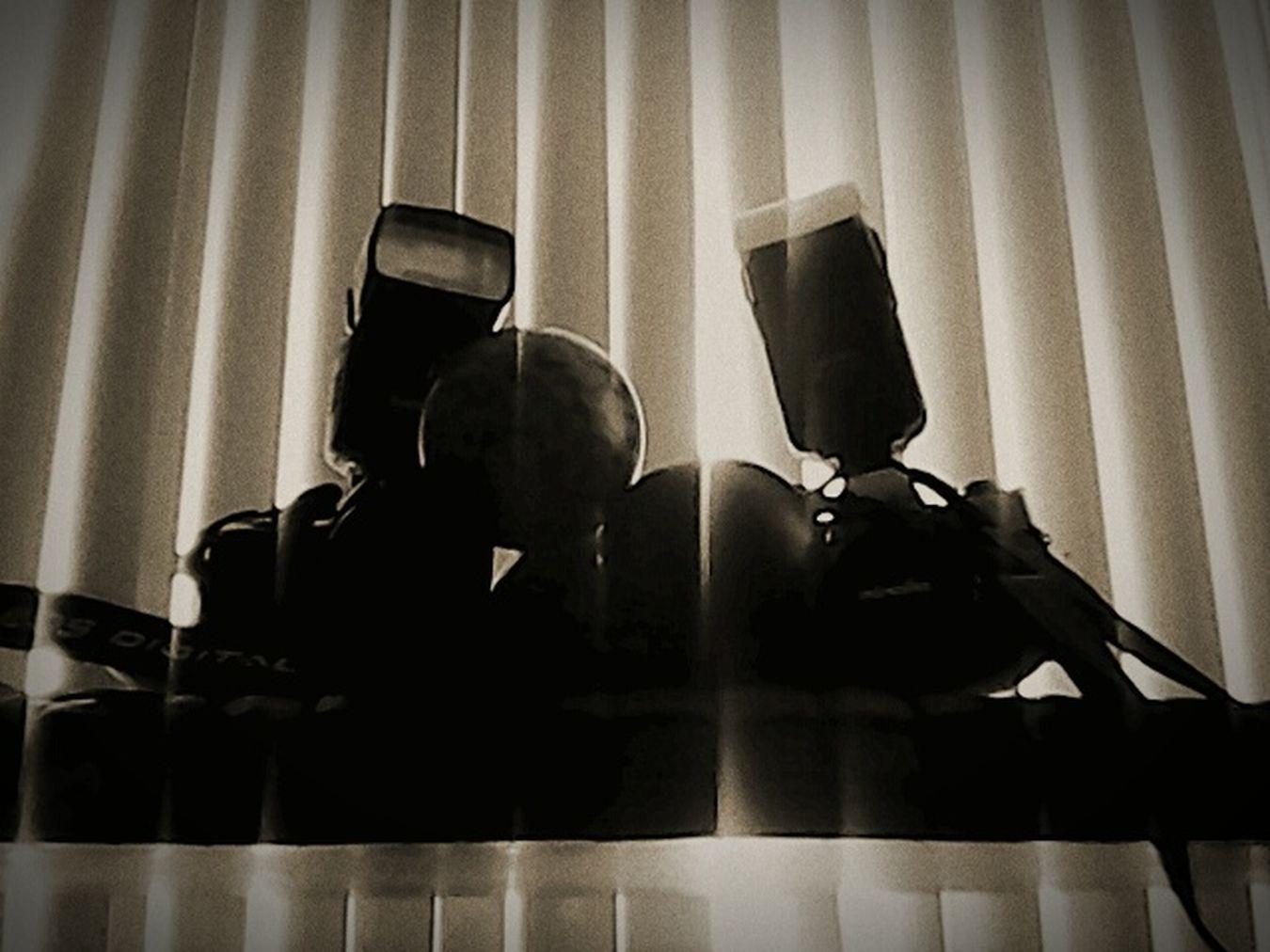 When viewing your dreams make sure you have both lense open.Filmcamera Digitalcamera Enjoyinglife  IKicksItBoyz SkummyWorld Me, My Camera And I