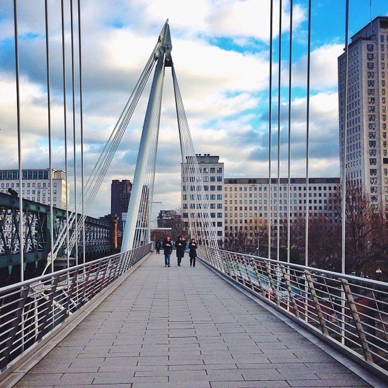Jubilee Bridge ???#london #bridge Mashpics Top_masters From_city Pro_shooters Bridge Uk_potd Fmcz London Gramminginlondon Vscocam Londonthroughmycam VSCO Timeoutlondon Allshots_ London_only Alan_in_london Igers_london Ig_london Aauk Capture_today