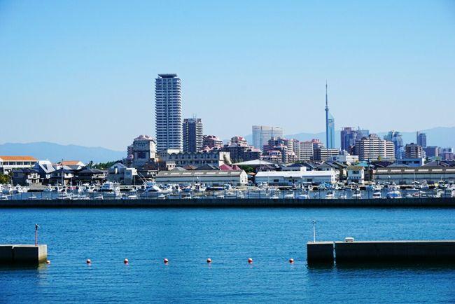 In Japan Fukuoka City  Marinoacity Blue Sea And Sky Fukuoka Tower Sunny Day Nice Place Beautiful View Beautiful Sea