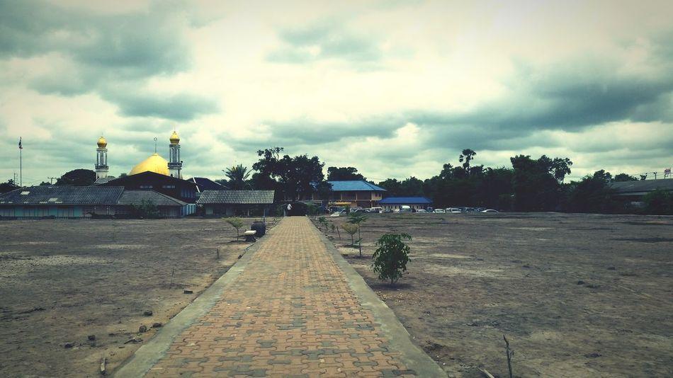Masjid Qubo Sky