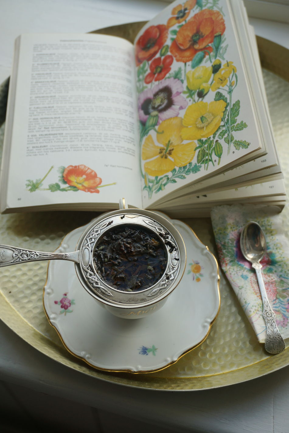 Tea time Book Botany Close-up Day Food Food And Drink Freshness High Angle View Hot Drink Hot Drinks Indoors  No People Plate Ready-to-eat Table Tea Tea - Hot Drink Tea Time