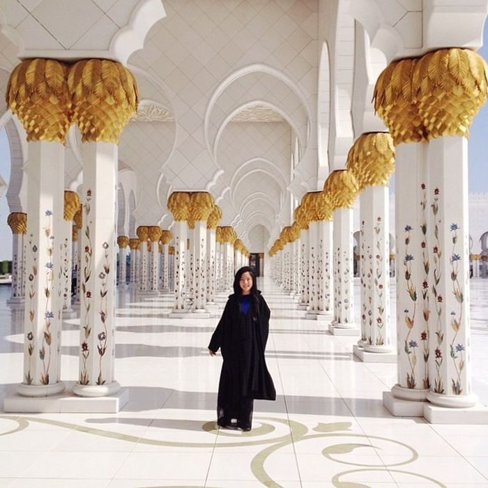 throwback to the one of most beautiful places in the world✈️ day 63/100 100happydays Abudhabi Grandmosque Nofilter pc: @hahnbo
