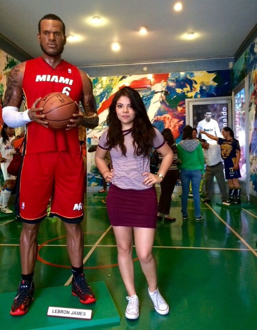 Museo Girl Mexico Hola! That's Me Basketball Museodecera #Lebrons