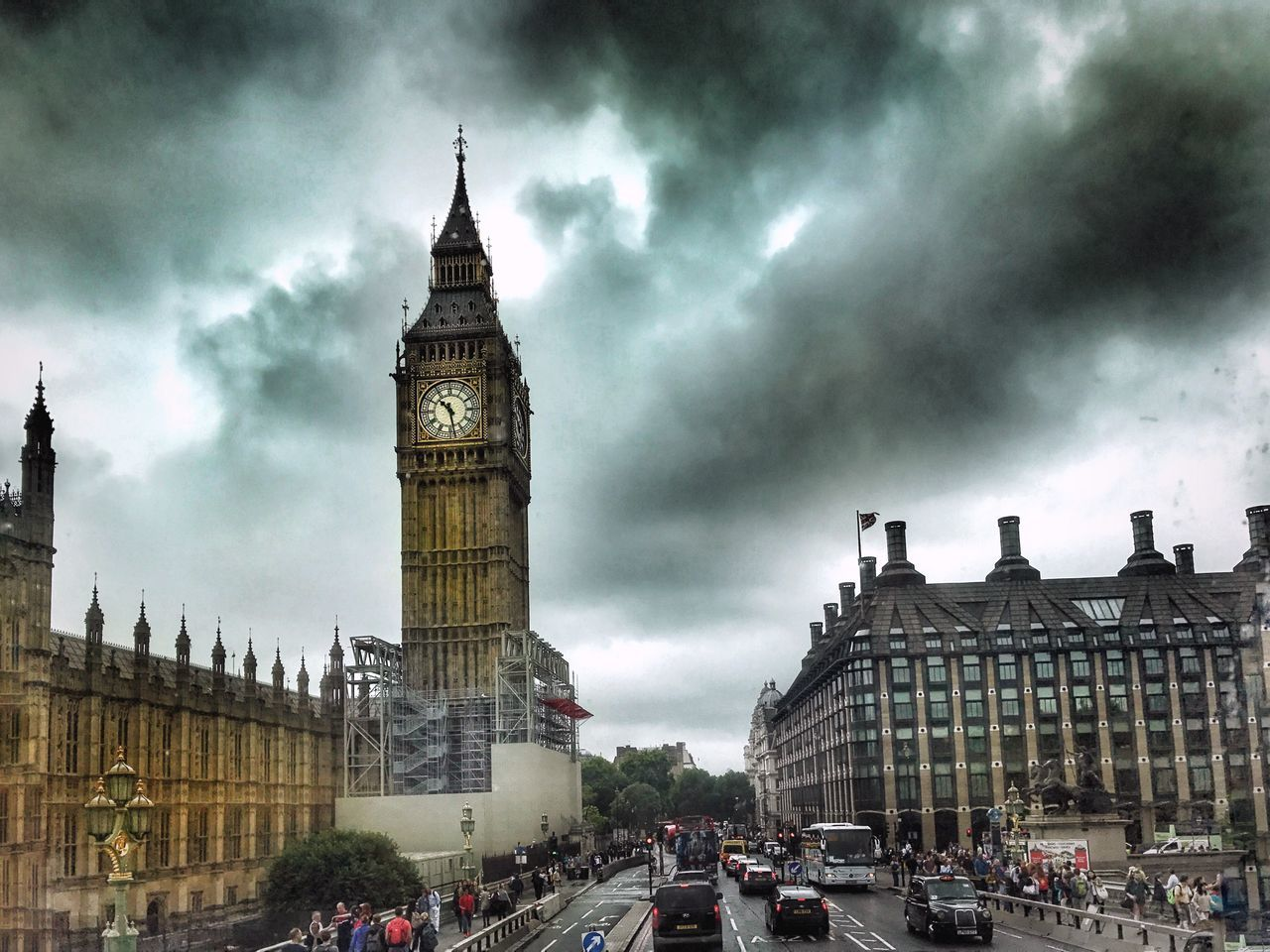 Architecture Travel Destinations Clock Tower Storm Cloud EyeEm LOST IN London From My Point Of View Big Ben London London Lifestyle LONDON❤ EyeEm Best Shots EyeEm London Building Exterior Cloud - Sky Clouds Clouds And Sky Sky Sky And Clouds