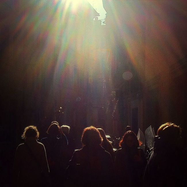 Sunlight and the Crowds