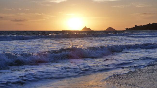 Atmospheric Mood Beach Horizon Over Water Light Majestic Motion Outdoors Power In Nature Rippled Robert Abbett Rock Scenics Sea Seascape Shore Splashing Surf Tranquil Scene Voyage Water Waterfront Wave