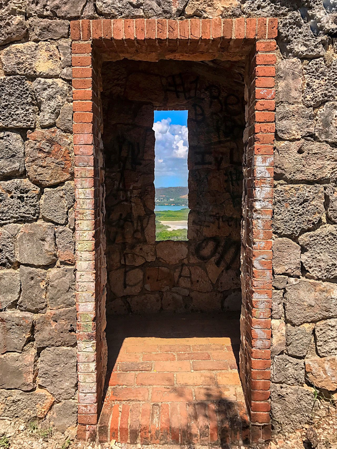 Rectangles Colors Structure Framed Vision View Masonry Historic Old Structure Colonos EyeEmNewHere EyeEmNewHere Fuerte Capron