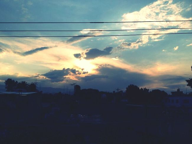 ayer en la tarde ;) Taking Photos Enjoying Life Enjoying The Sun Clouds And Sky