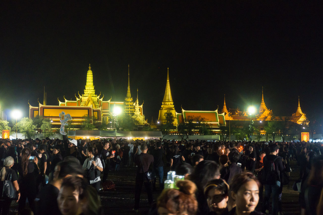 Bangkok Thailand 22 october 2016 people , sanamluang Architecture Grand Palace Grand Palace Bangkok Thailand King Of Thailand Miss Mourn Night Outdoors People Place Of Worship Religion Royal ROYAL PLAZA SANAM LUANG ROYAL PLAZA SANAM LUANG THE PRAMANE GROUND Sanamluang Sky Temple Wat Phra Kaeo Wat Phra Kaew Watprakaew Watprasrirattanasatsadaram