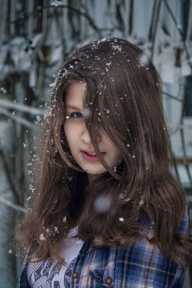 Portrait Young Adult Cute Girls Still Life Model Long Hair Lifestyles Russia EyeEm Best Shots Canon For My Friends That Connect Human Face Childhood Portraits Enjoying Life