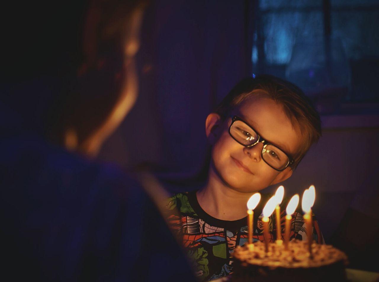 Beautiful stock photos of geburtstagskuchen, 6-7 Years, Birthday, Birthday Cake, Birthday Candles