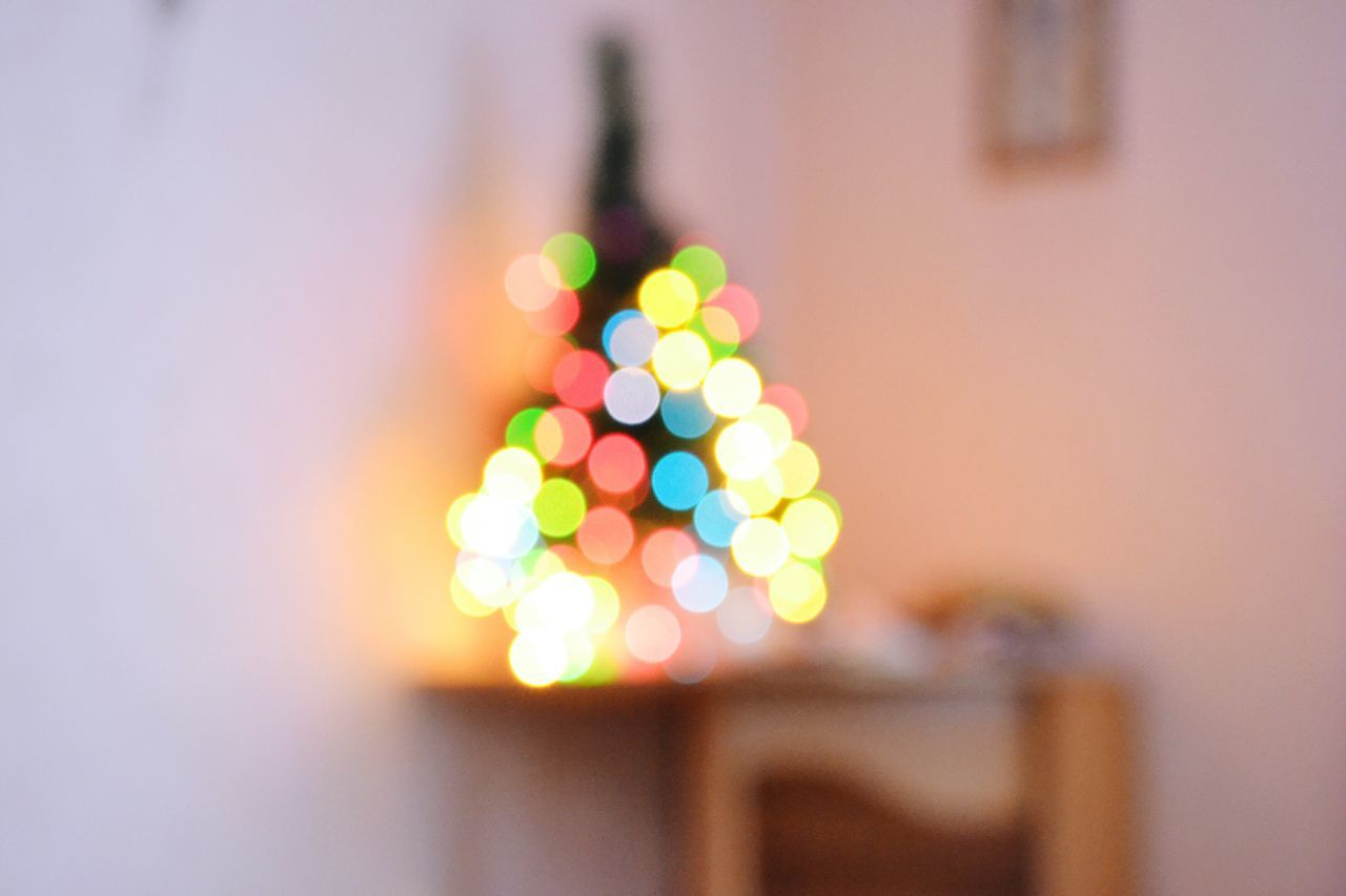 Illuminated Defocused Multi Colored Night No People Christmas City Christmas Decoration Indoors  Close-up Check This Out Best EyeEm Shot Week On Eyeem Eyeemcollection The Week On Eyem Christmas Lights Christmas Vibes