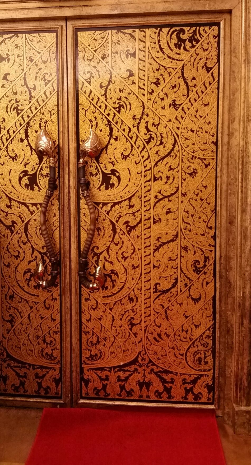 Full Frame Pattern No People Built Structure Close-up Day Architecture Outdoors Backgrounds Door Thai Thailand Thai Art Thai Craft Craft Artist Indoor Architecture