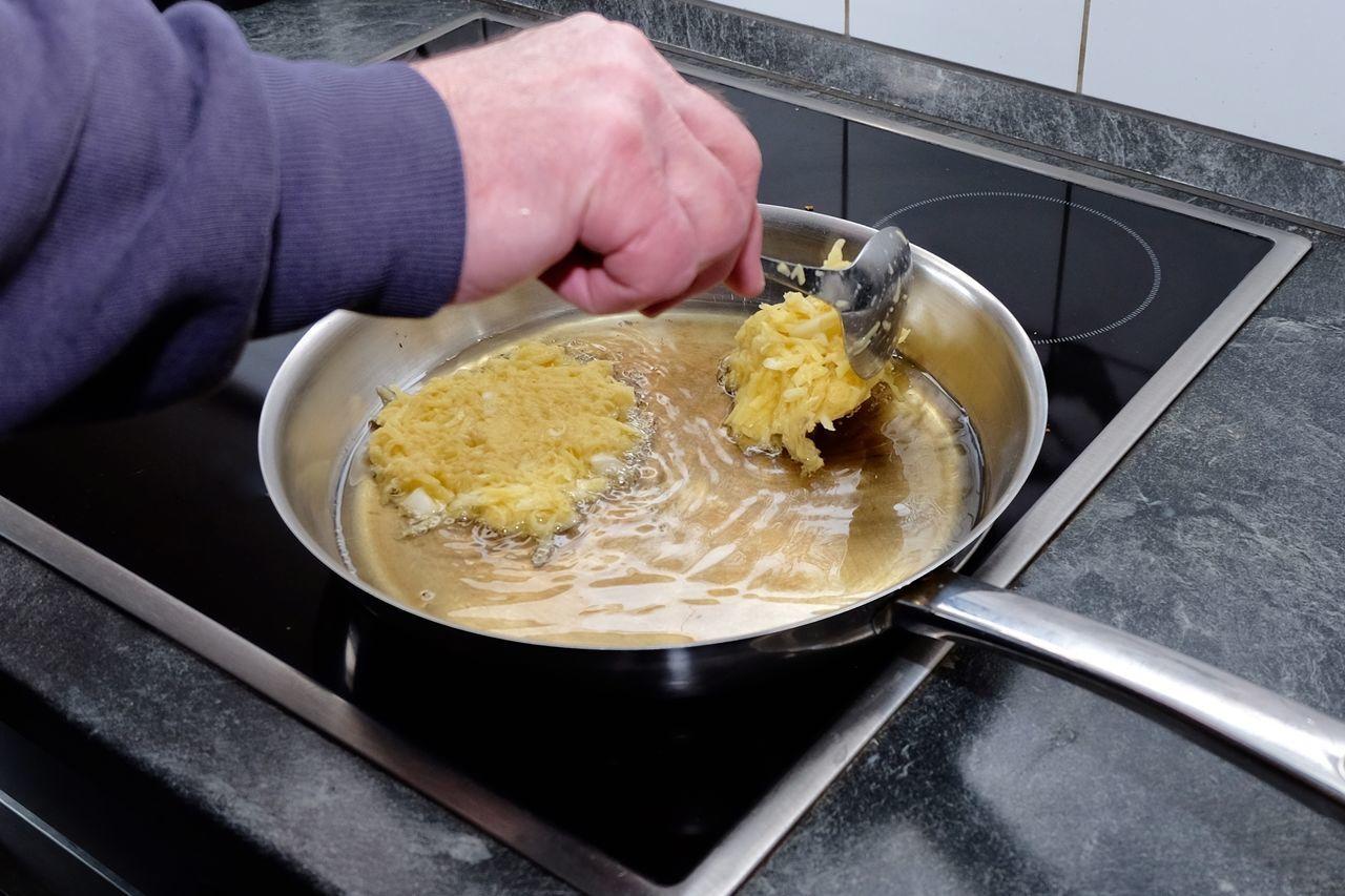 Close-up Cooking Cooking At Home DIY Domestic Kitchen Eyeem Food  Food Food And Drink Heat - Temperature Homecooking Homemade Human Body Part Human Hand Kitchen Potato Pancake Real Food Reibekuchen Stove