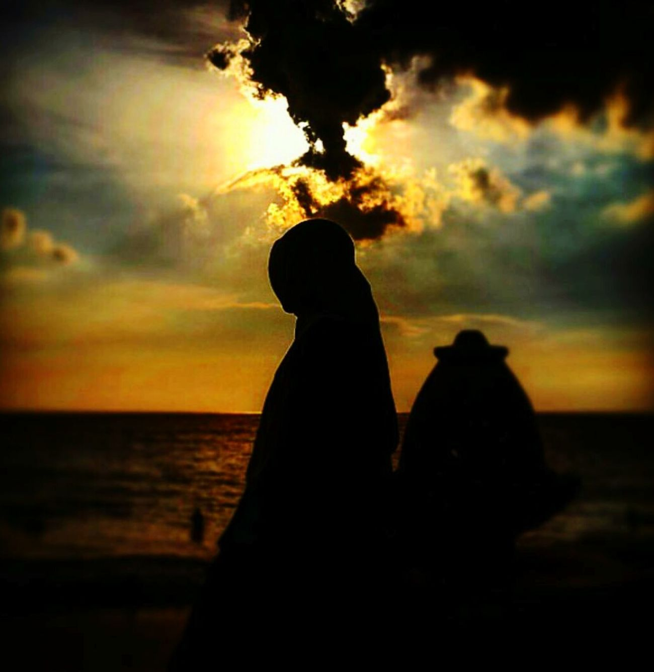 Sunset Silhouettes Beach Time Anyerbeach MarbellaHotel FLS2N