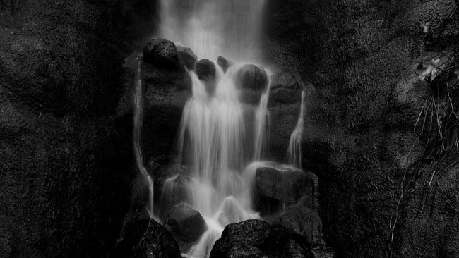 Blackandwhite Nature Landscape Beautiful Nature_collection Mountains Water_collection Waterfall Simplicity Water