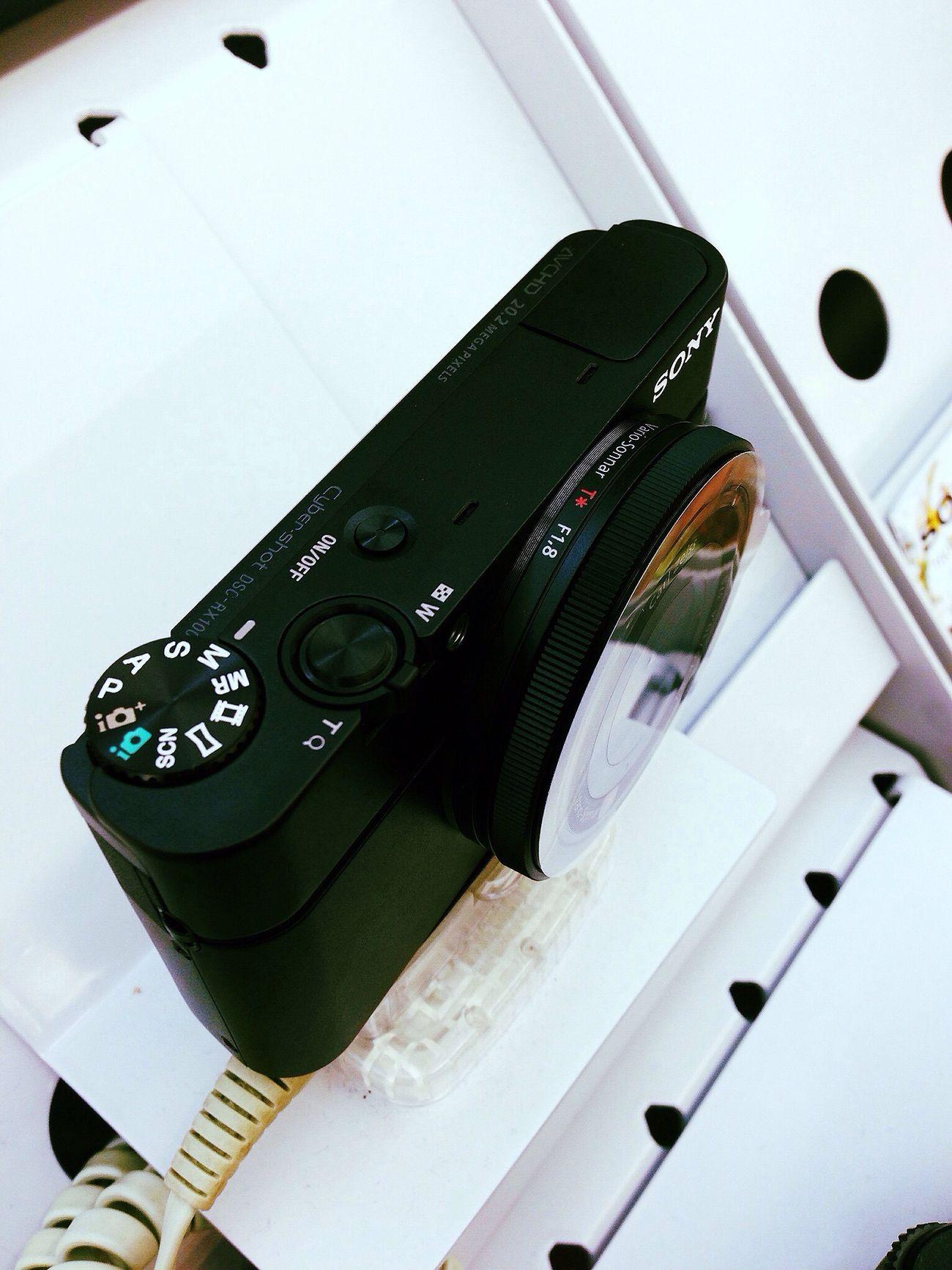 Saturn - Sony RX100