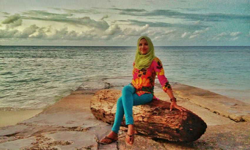 Thats me. My island Adducity EyeEm Best Edits Beachlovers Naturelovers Islandgirl EyeEm Best Shots Maldives Loveit Hello World 🌺🌺