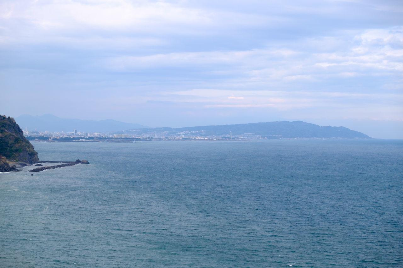 焼津グランドホテルより Calm Cloud Cloud - Sky Fujifilm Fujifilm X-E2 Fujifilm_xseries Japan Japan Photography Mountain Ocean Ocean View Scenics Sea Sky Water Yaizu Grand Hotel 太平洋 海 焼津 焼津グランドホテル 静岡県