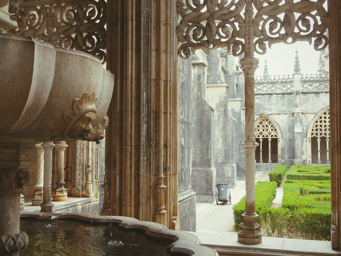 Cloister Built Structure Tranquil Scene No People Day History Travel Destinations Monastery Batalha Portugal Gothic Peace Fountain Water Reflection Spirituality Christianity Monks Stones Stones & Water Art Eyeemphotography Eye4photography  EyeEm Gallery Olympus Cloister