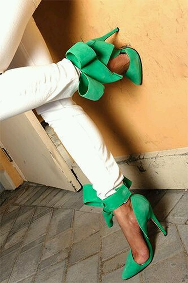 Aminah Abdul Jillil Pumps. Gorgeous! Pumps High Heels Fashion Design Beautiful Shoes