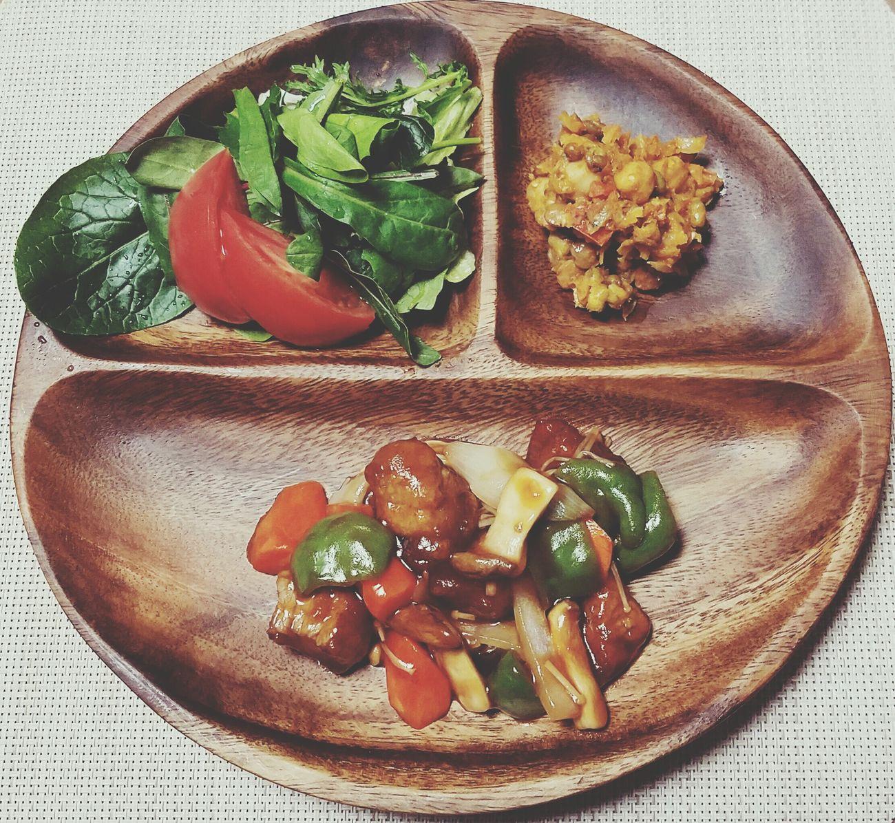 夜ご飯🌙🍴 Food Plate Tomato Frijoles Frijole 糖醋猪肉 酢豚 Comidas Cena