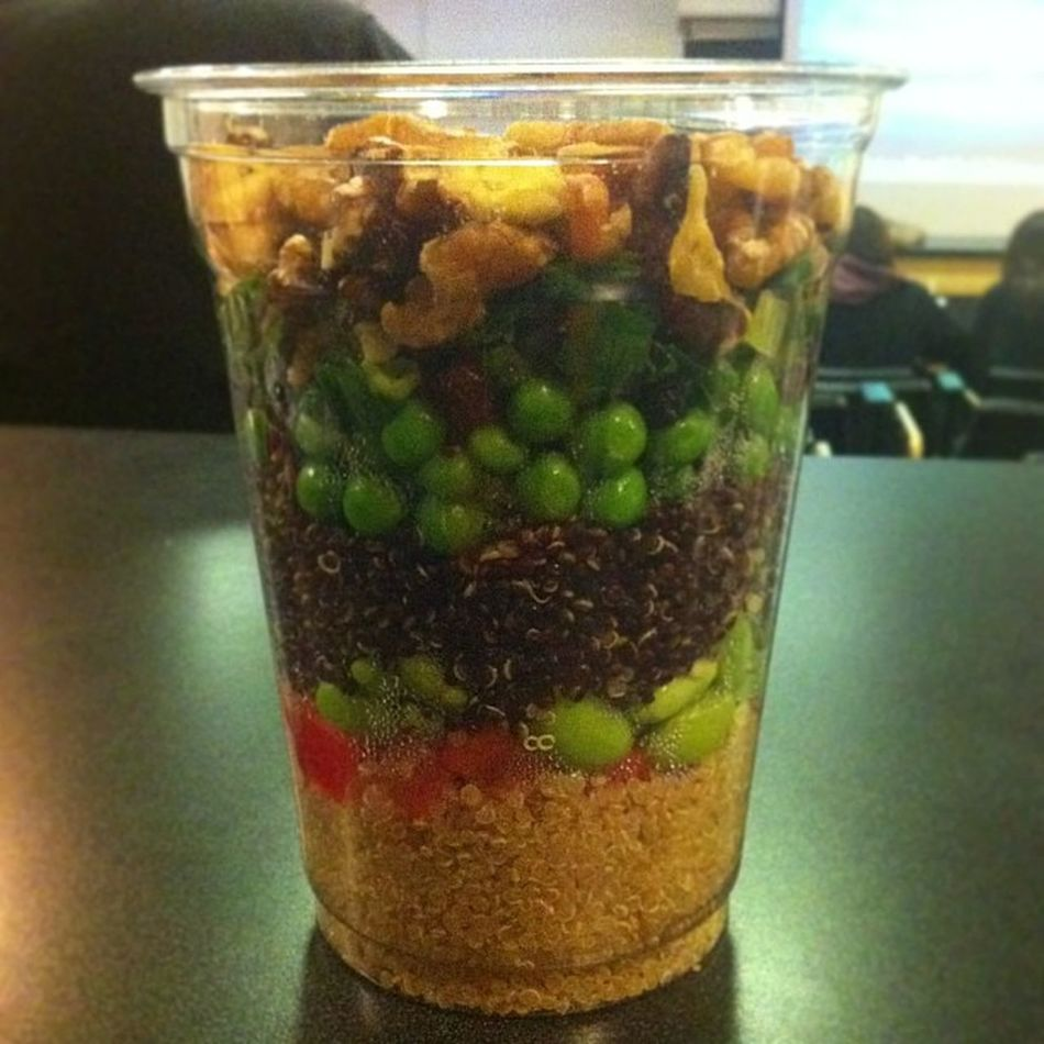 Well.. I walked out the house & left my lunch on the table ¯\_(ツ)_/¯ so I grabbed a quinoa cup! Healthy Fit Cleaneating
