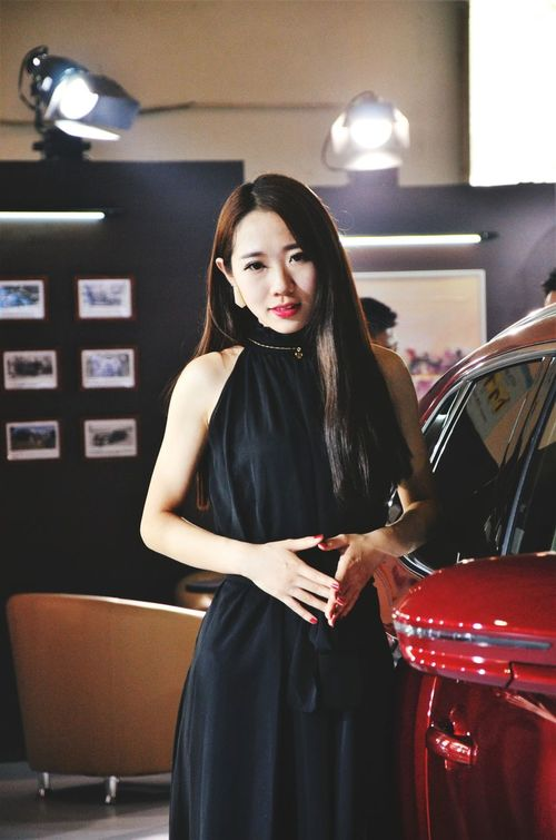 Lan. One Person Only Women CarShow Cargirls Beauty Girl Beautiful Woman Sexygirl Young EyeEm Best Shots EyeEm Gallery The Best Eyeem Shot WeekOnEyeEm Girls People Indoors  One Young Woman Only Young Adult Adult Portrait