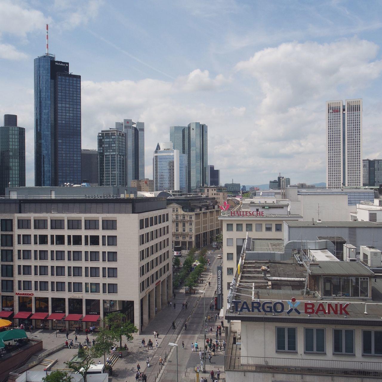 summer in the city.... Essence Of Summer The Architect - 2016 EyeEm Awards Urban Landscape Urban Life Streetview From Above  Skyline Frankfurt