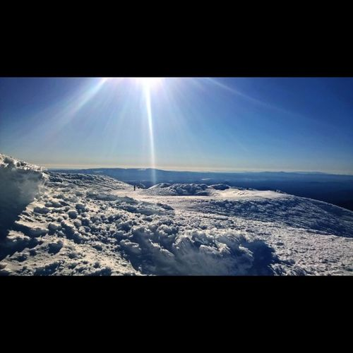Mtbachelor Summit, got first chair and hiked it. Mtbachelorstoked Lumiaphotography PNW PNWonderland Rei1440project Greettheoutdoors Spreadingthestoke LumiaLove Lumiagraphy Lumiaicon LiveYourAdventure Myawaycontest