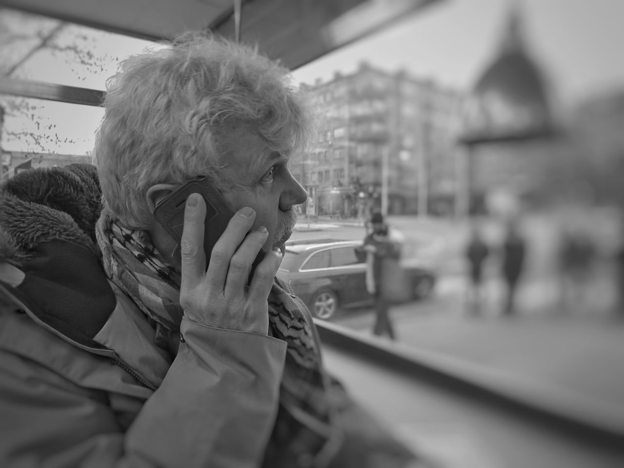 real people, public transportation, one person, transportation, using phone, communication, train - vehicle, mobile phone, mode of transport, senior women, lifestyles, wireless technology, senior adult, day, technology, indoors, human hand, close-up