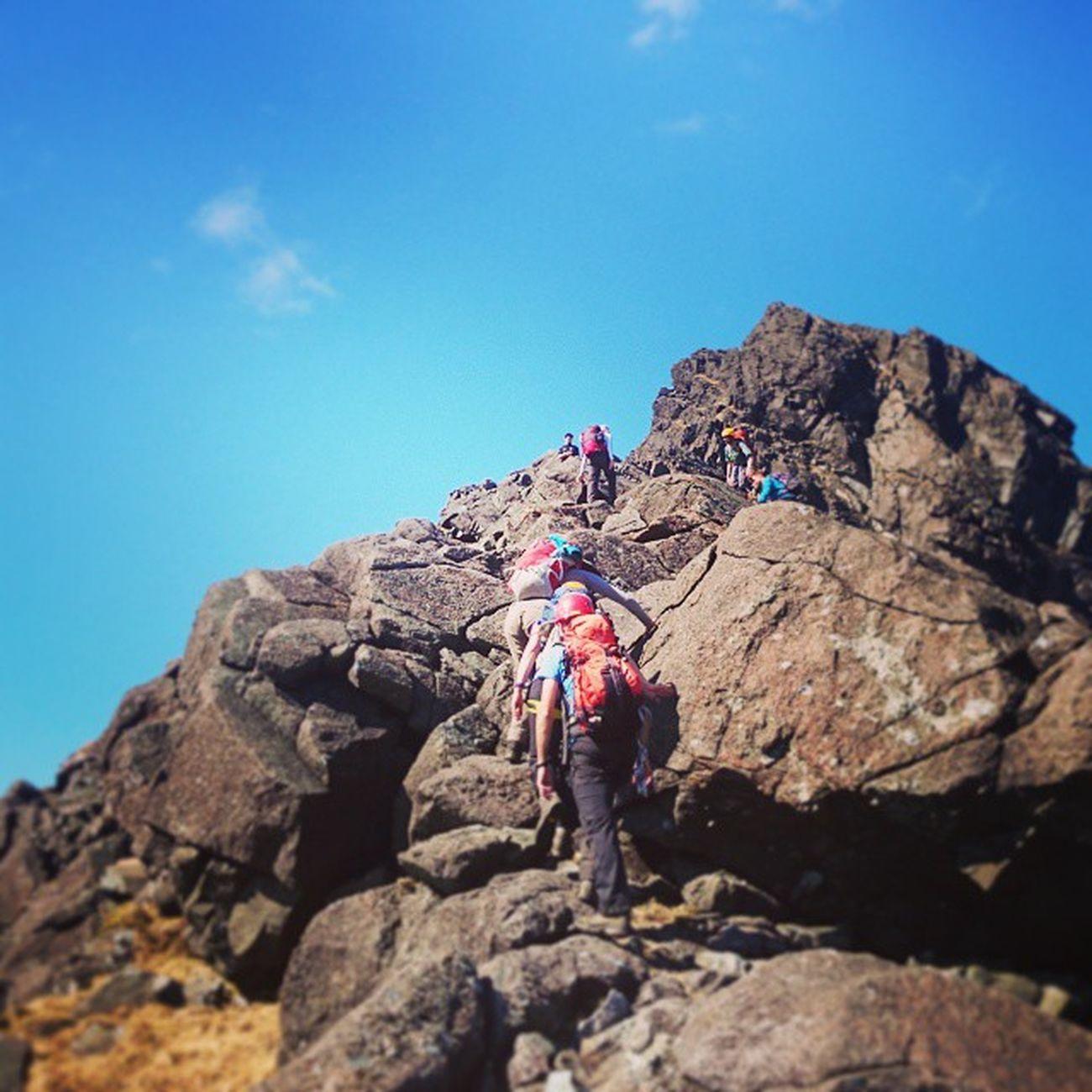 Skye 2015 Dubhridge Skye Scotland Mountians Dundeemountianclub Mountianclimbing Scrambling Courisk
