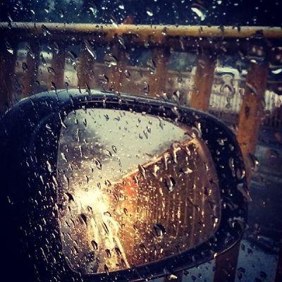 End of Winters Rains.. Rains Monsoon Newdelhi Roads Traffic India Instagood Instanice