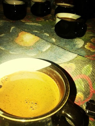 A cup of coffe with friends make me fell so good