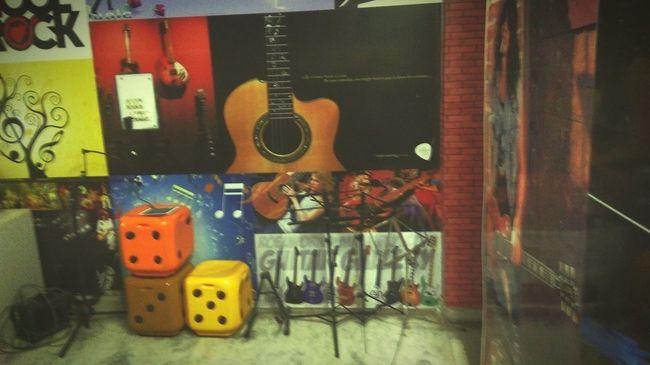 Making Music Guitar School guitar teacher Guitar Lessons Check This Out First Eyeem Photo