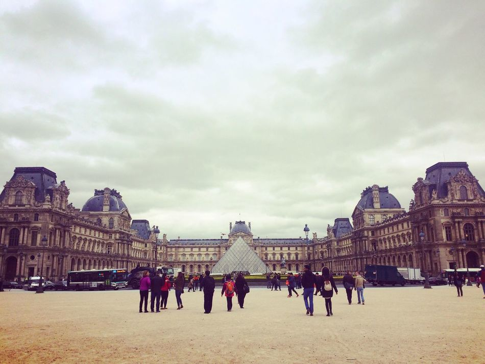 Paris Louvre Musée Du Louvre Architecture Large Group Of People Tourism Built Structure Travel Destinations Sky History Travel Cloud - Sky Vacations Pyramid Museum France