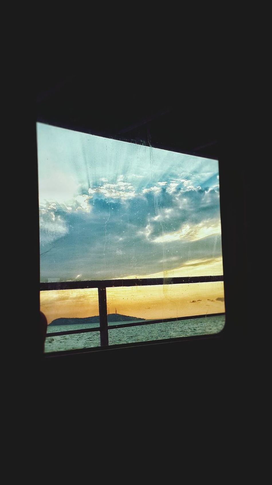 Vapur Ve İstanbul Adalar Vapuru Adalarmanzara 😊😊 Adalarmanzara Akşam Güneşi sunset #sun #clouds #skylovers #sky #nature #beautifulinnature #naturalbeauty photography landscape No People Window Sea Sky Cloud - Sky Nature