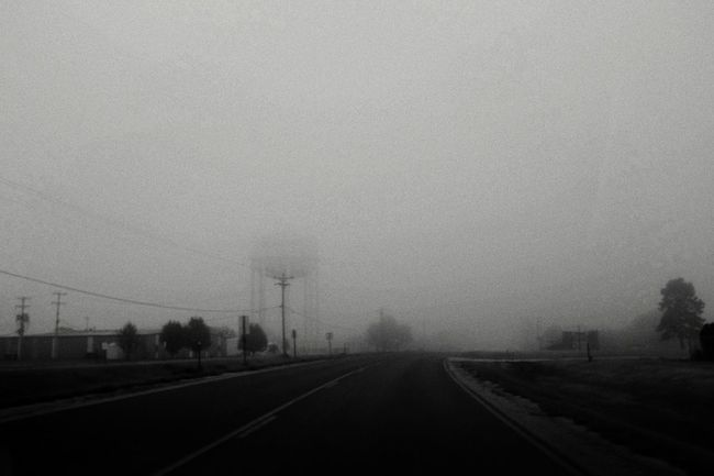 Film Noir Foggy Morning Small Town USA Grainy Monochrome On The Road A Day In In The Life Sundaymorning Taking Photos