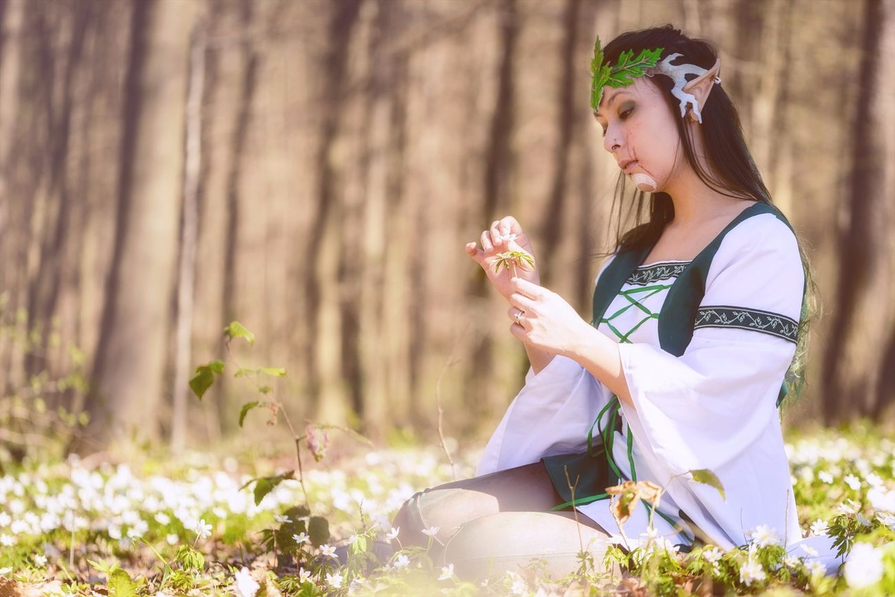 Young Adult Only Women Beauty One Woman Only Flower Sunlight Relaxation Old-fashioned Outdoors Beautiful Woman Nature Day Portrait Elfinforest Elf Larp Fantasy